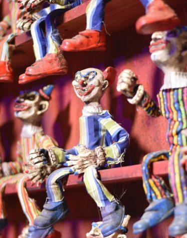 Clown phenomenon sparks fear in high schools nationwide