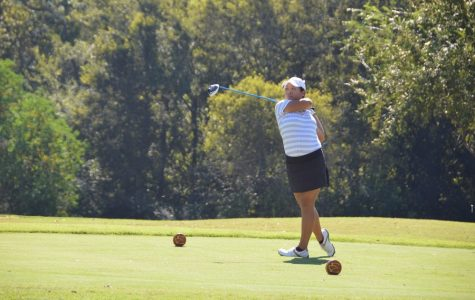 Women's golf works to continue dynasty after year two of winning state