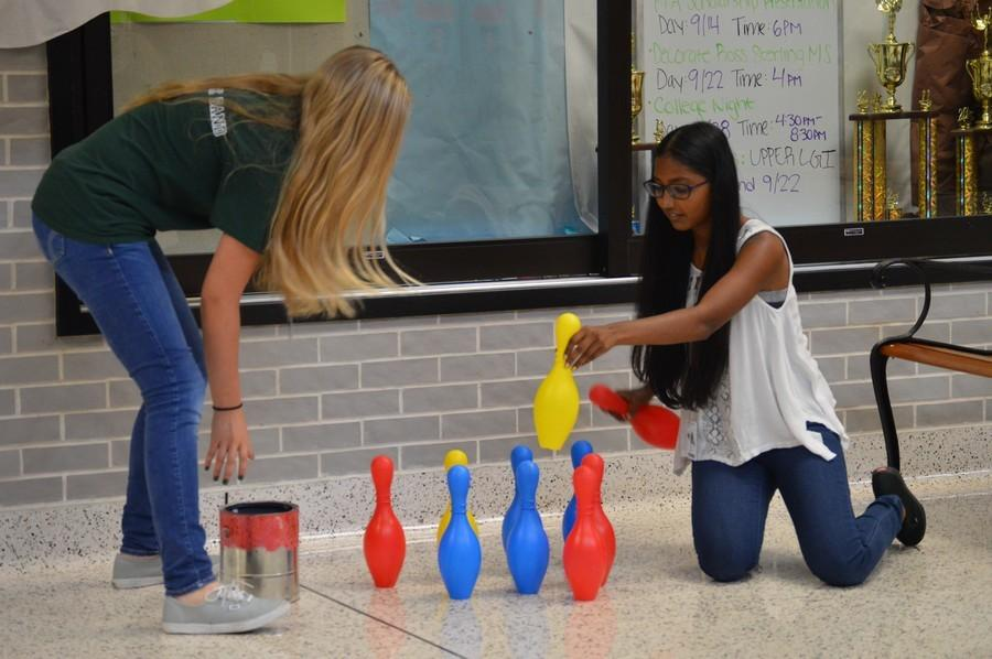 STUCO entertains on Thursday mornings [Photo Gallery 9.17]