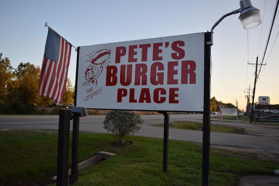 Pete%27s+Burgers+pleases+customers