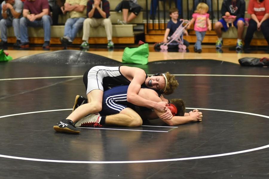 Panthers+wrestle+the+scores%2C+coming+above+opponents