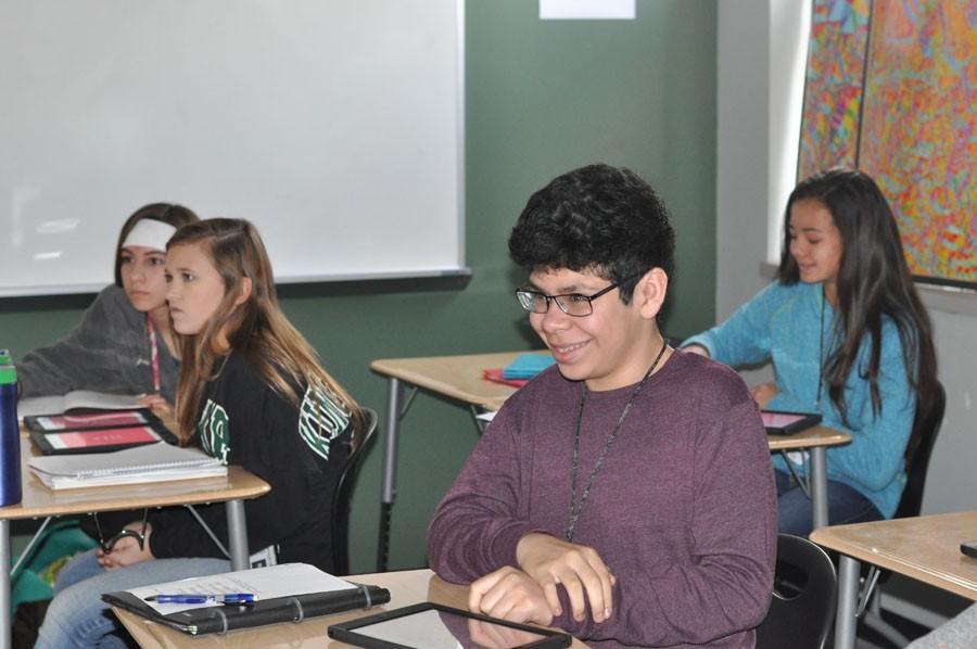 Freshman+Javier+Solis+plays+the+review+game%2C+Kahoot%2C+in+HazelAnne+Prescott%27s+AP+Human+Geography+class.
