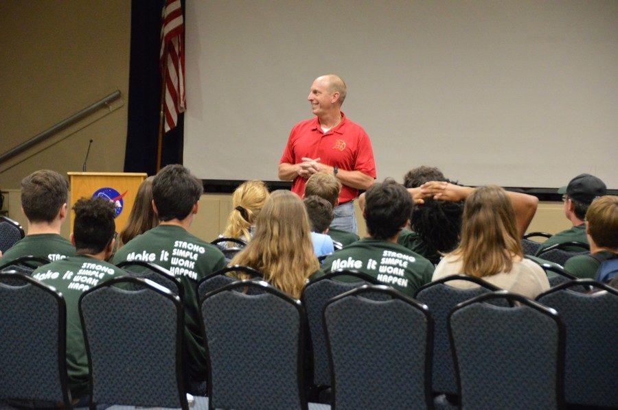 Aeroscience students launch year at NASA