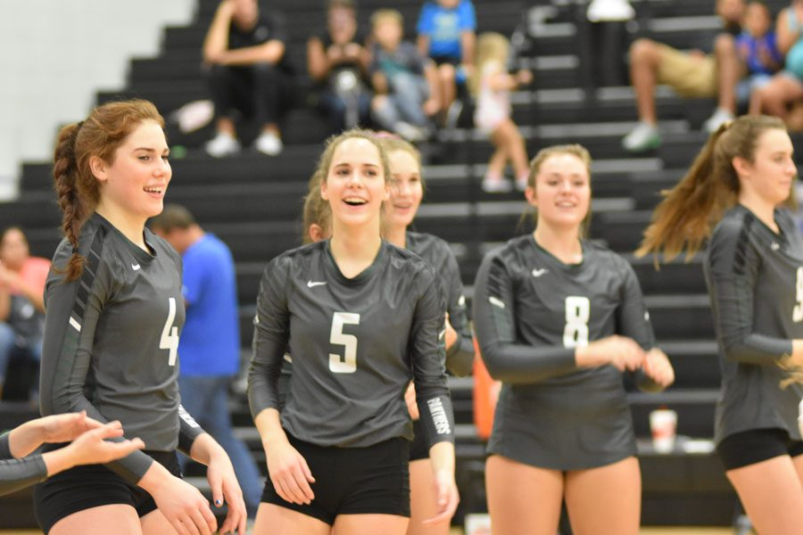 Sister, Sister: Overmyers rock volleyball